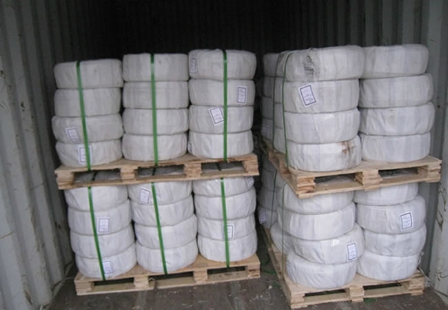 Baling Wire Bundles : Straight cut to length and looped baling tie wire